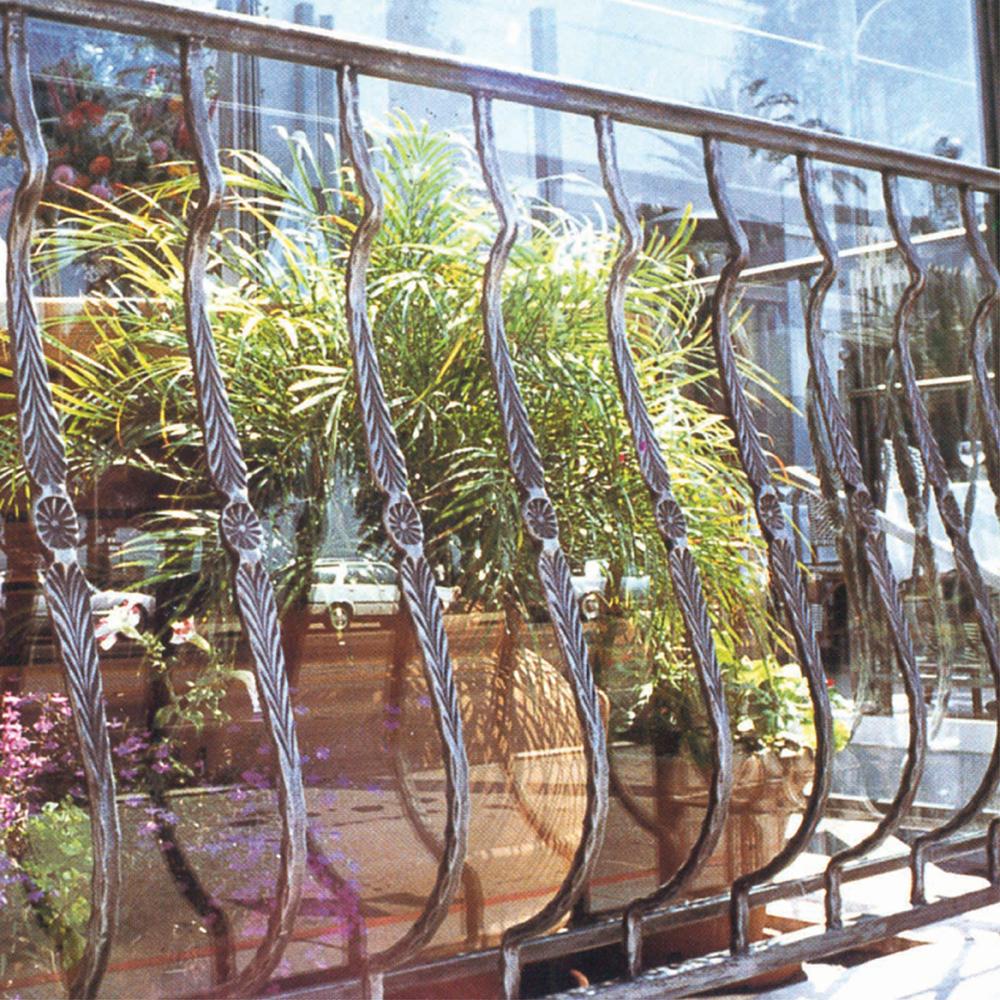 Bow Balcony Railing Design