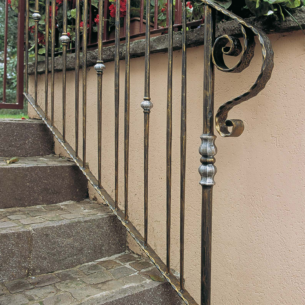 Iron Stair Rail with Tapered Balusters