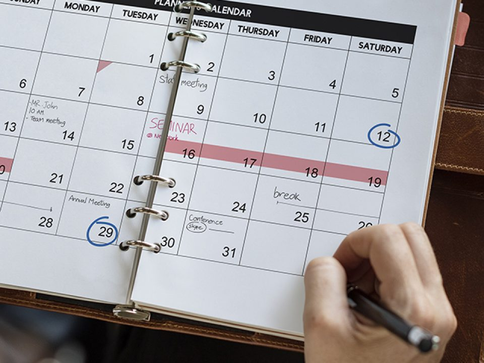 Weekend reading schedule retirement wall street journal thumbnail