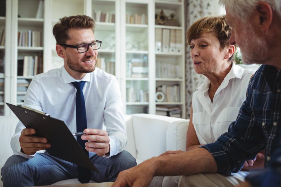 Weekend reading maximizing social security