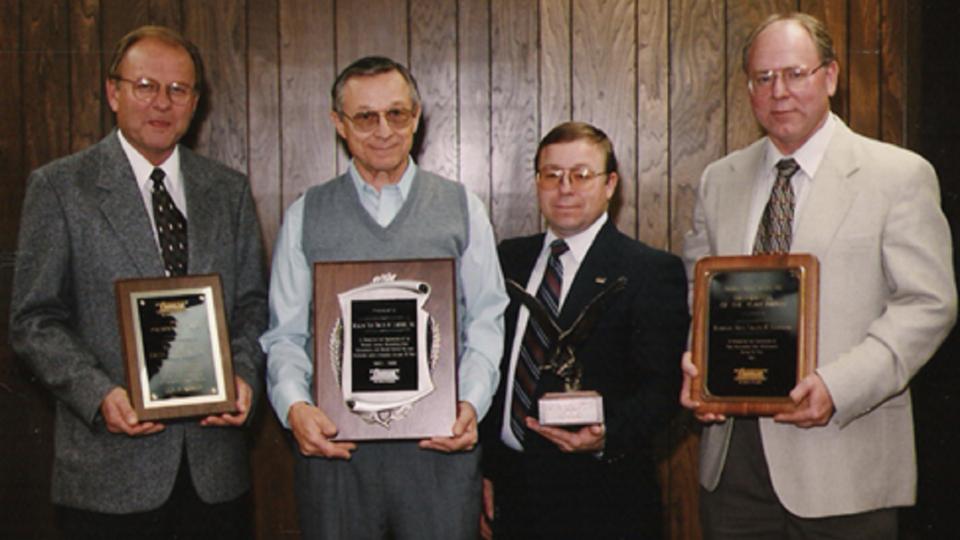 Tom Waite E Kerlin Clifford Zehr Roger Bradford Dealer of the year 1995