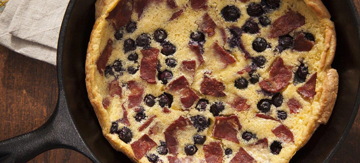 Buck bacon and blueberry pannekoeken