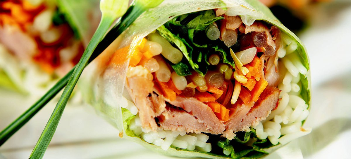 Duck spring rolls with peanut sauce