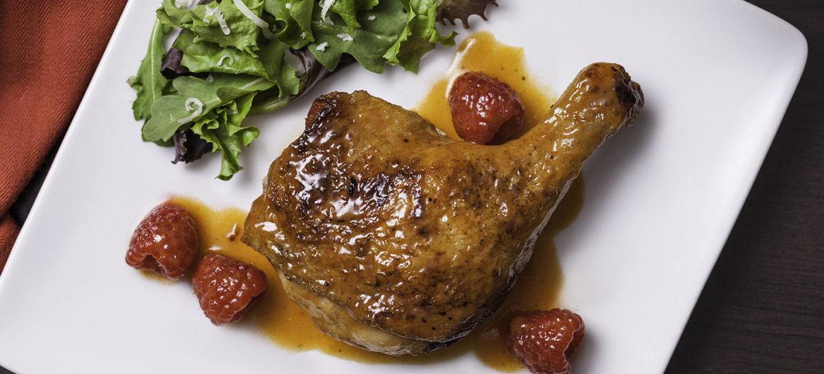 Duck with rasberries