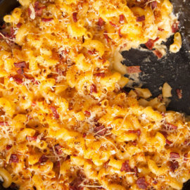 Grilled mac and cheese with duck bacon