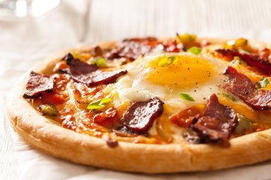 Duck breakfast pizza