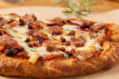 Duck focaccia pizza