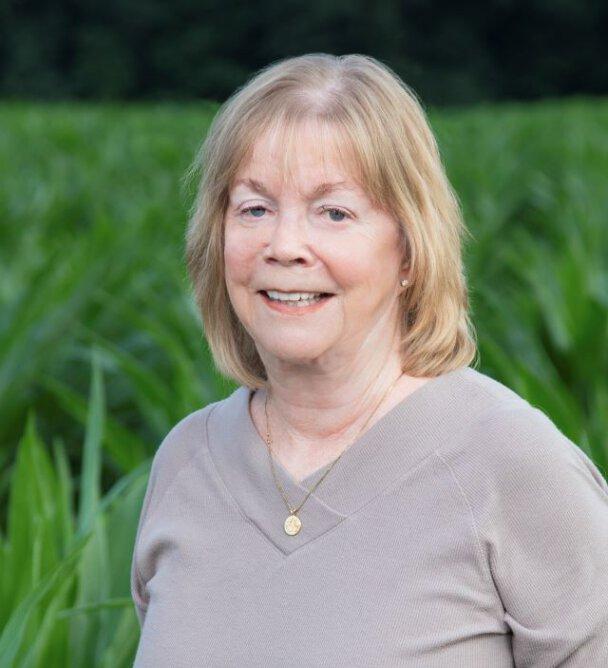 Sandra Tucker