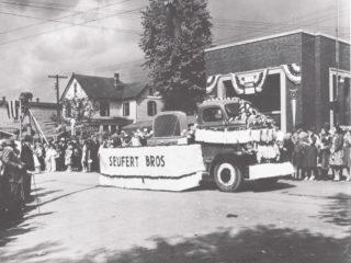 Seufert 1952 parade