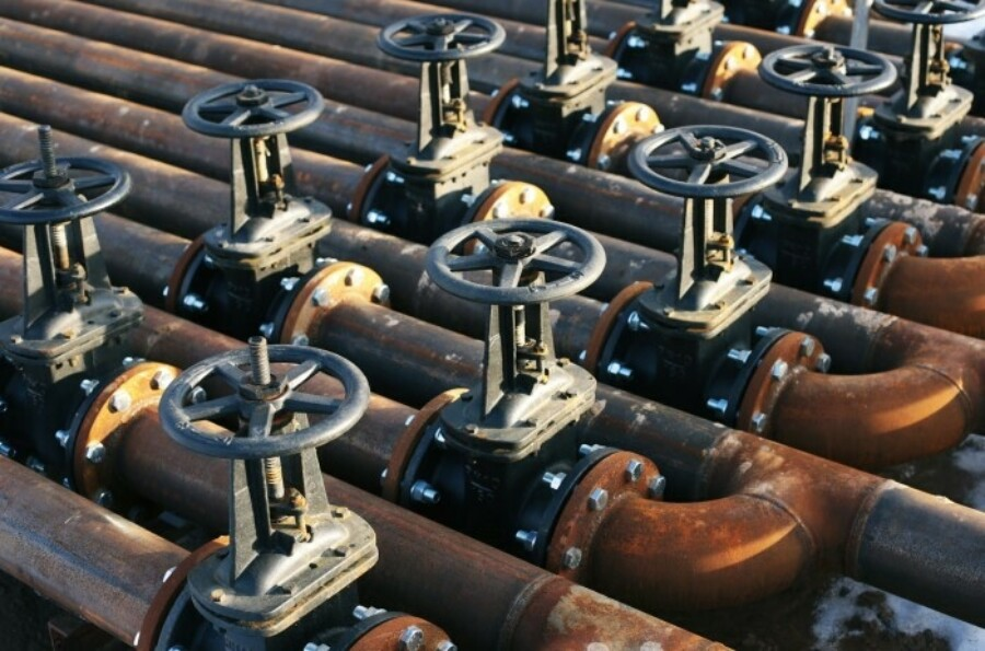 FF oil and gas 700 X463