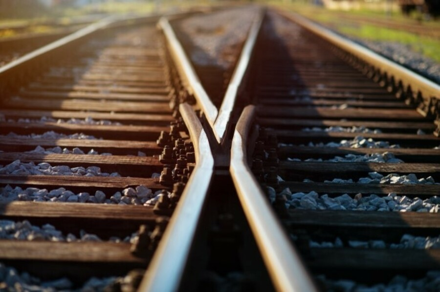 FF railroad 20crossroads 700 X466