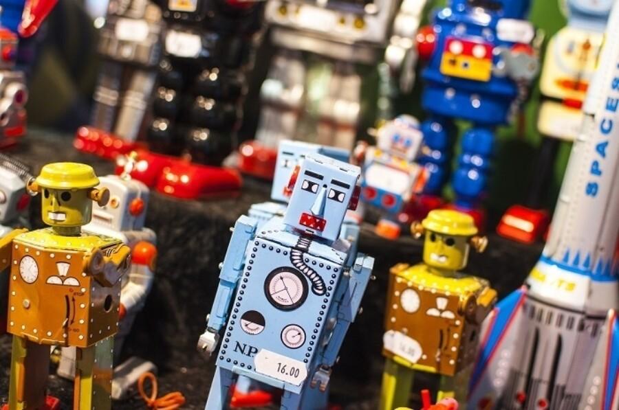 FF robots robotic process automation 700x464 1