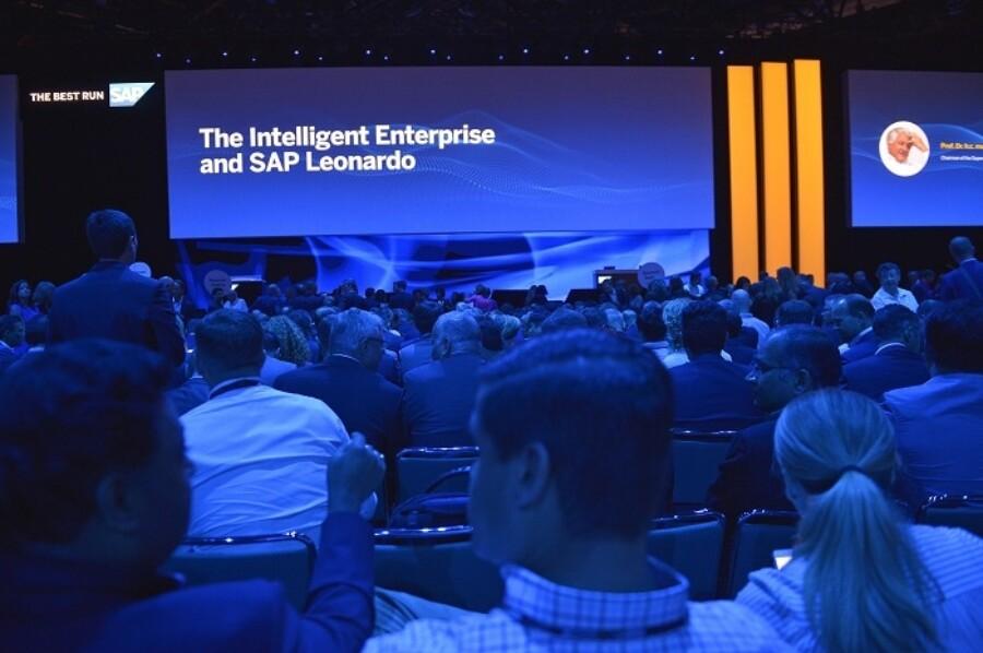 Sap Leonardo Intelligent Enterprise 700X465