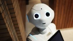 Ff Ai Chatbots Robot 700X466