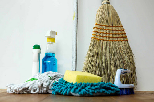 One Time House Cleaning Service Near Me Bethesda  20817 Maryland