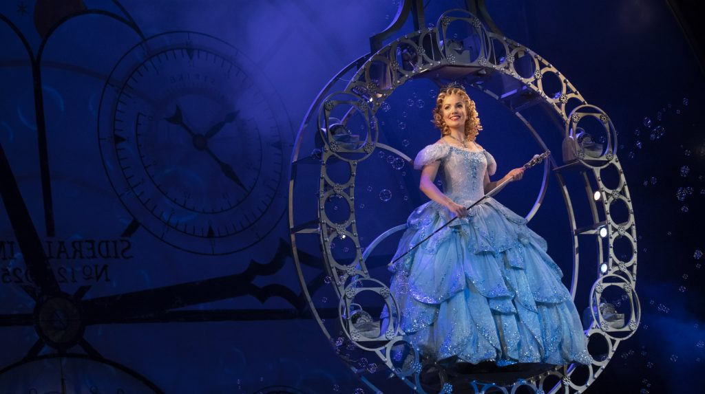 WICKED Glinda web cropped