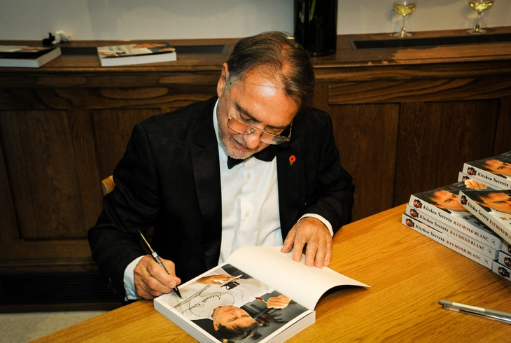 Raymond Blanc signing cookbooks at Butchers' Hall
