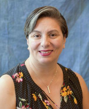 Patty Mendez headshot
