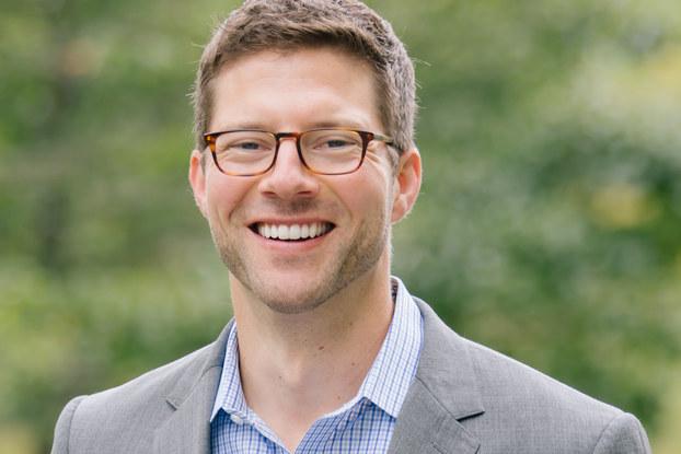 headshot of joe fischer, founder of greetabl