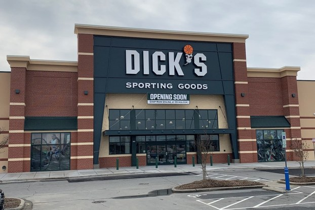 Exterior of Dick's Sporting Goods location.