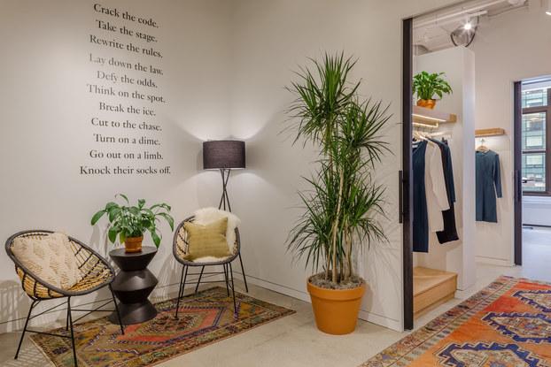 showroom, MM.LaFleur