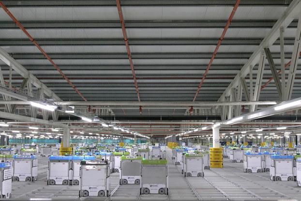 kroger customer fulfillment center interior