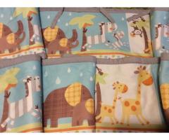Защитная пелеринка для детской кроватки