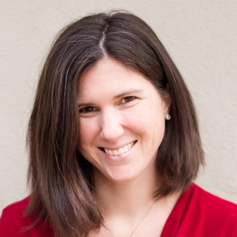 Marianne Schneider headshot