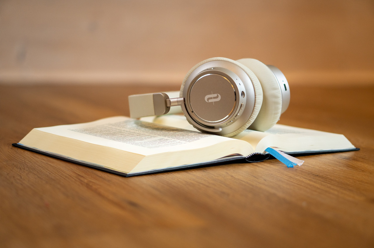 download audio courses and free tracks