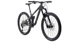 Alpine Trail Carbon 2 front 3/4, gloss black/silver