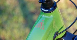Marin Alpine Trail 7 top tube detail.