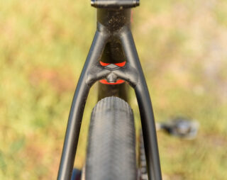 Gestalt X chainstay image, depicting tire clearance