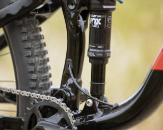 Detail image showing the dropper post cable routing, from the downtube to the seatube
