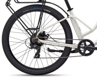 Profile of Stinson E ST rear with motor hub