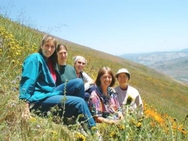 SRF-Daily-Life-Nuns-Hike.jpg#asset:5842
