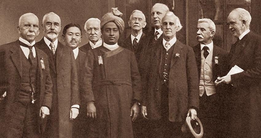 Yogananda-at-Congress-of-Religious-Liberals-in-Boston-in-1920.jpg#asset:56166