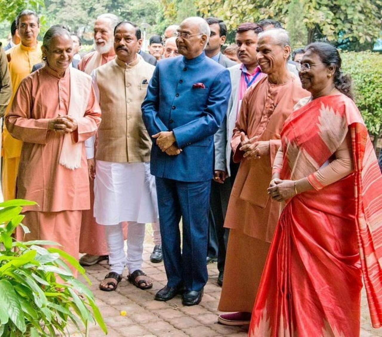 President Of India Visits YSS Ranchi Ashram