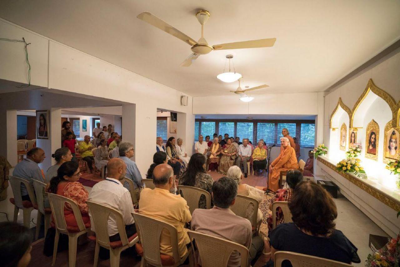 Brother Chidananda In Mumbai For Blog November 9 Meeting With Volunteers