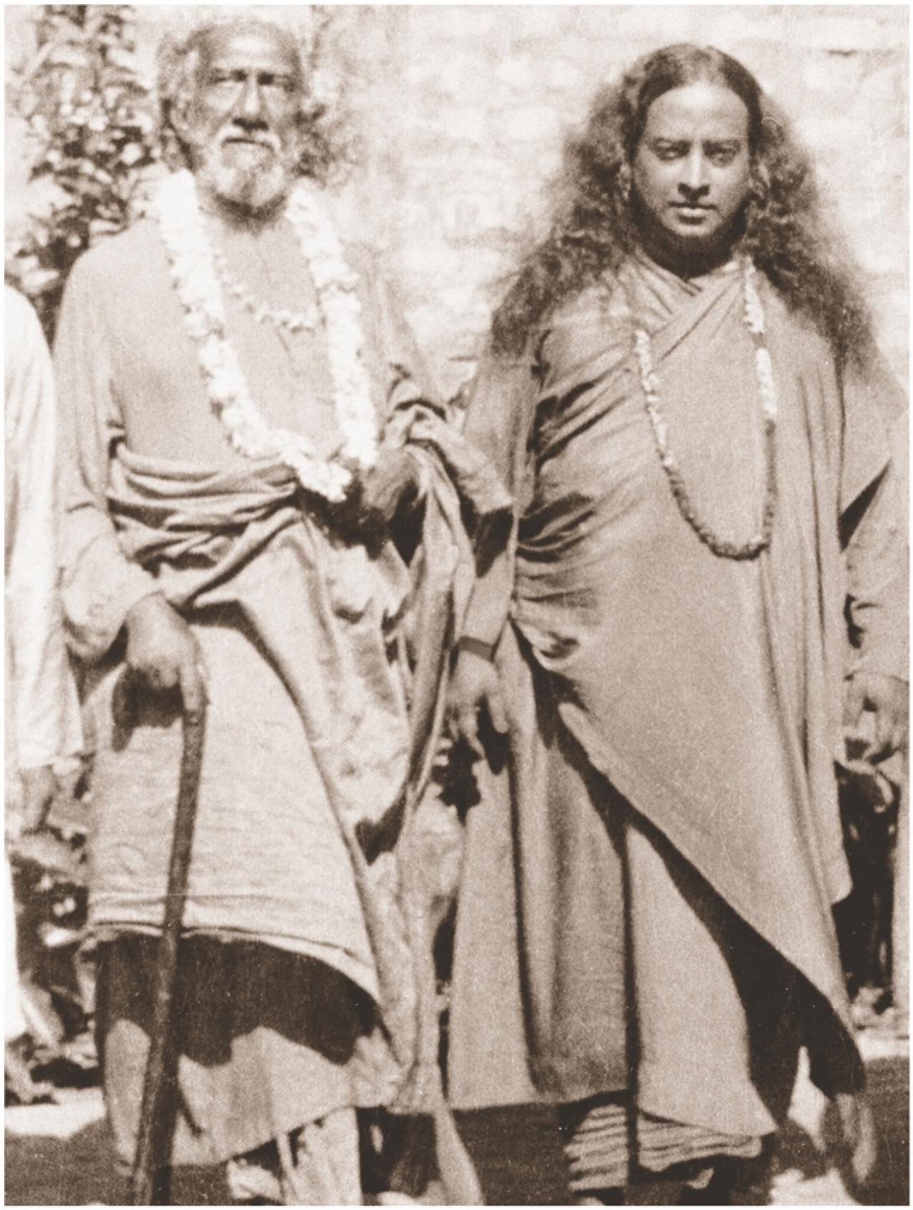 Yogananda And Sri Yukteswar 1935 Py 3505 C 18 034 E