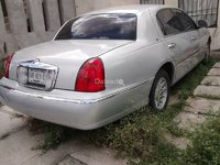 Lincoln Town Cartier