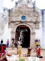 CARRERA DE DANZA Y ARES AZTECAS