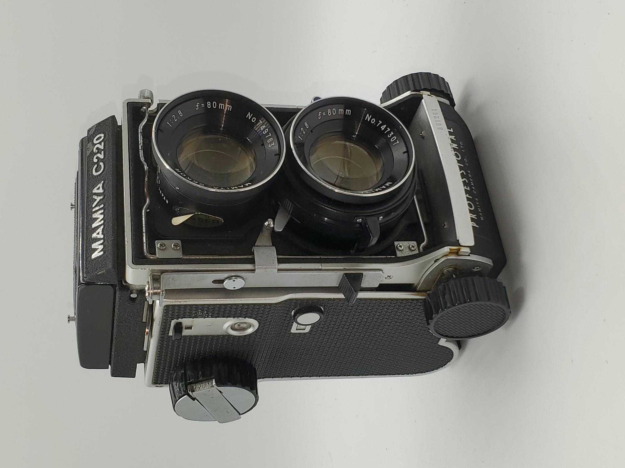 Used Mamiya C220 (Blue Dot) TLR w/Sekor 80mm f2.8