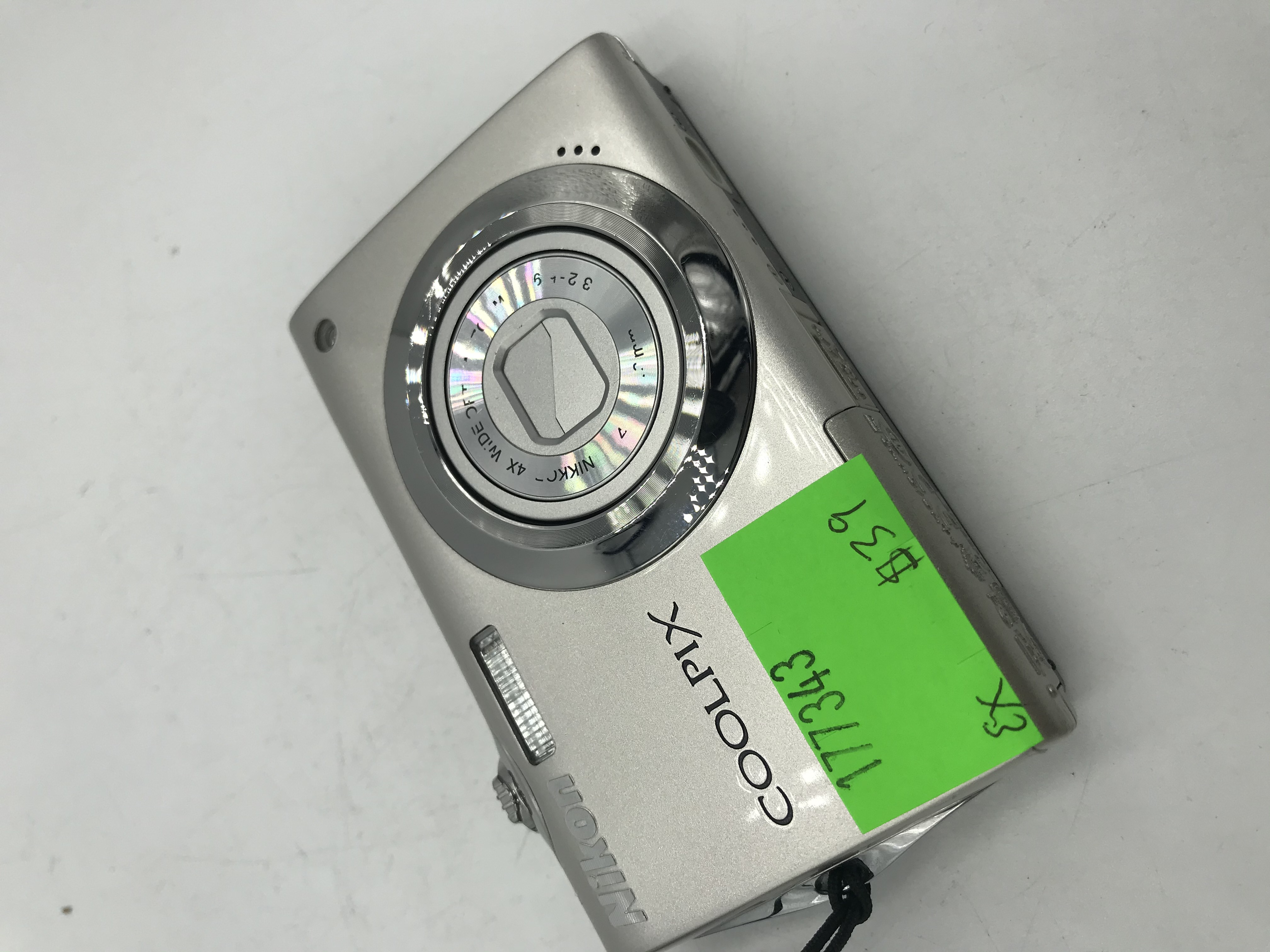 USED Coolpix S4000 Point and Shoot Camera