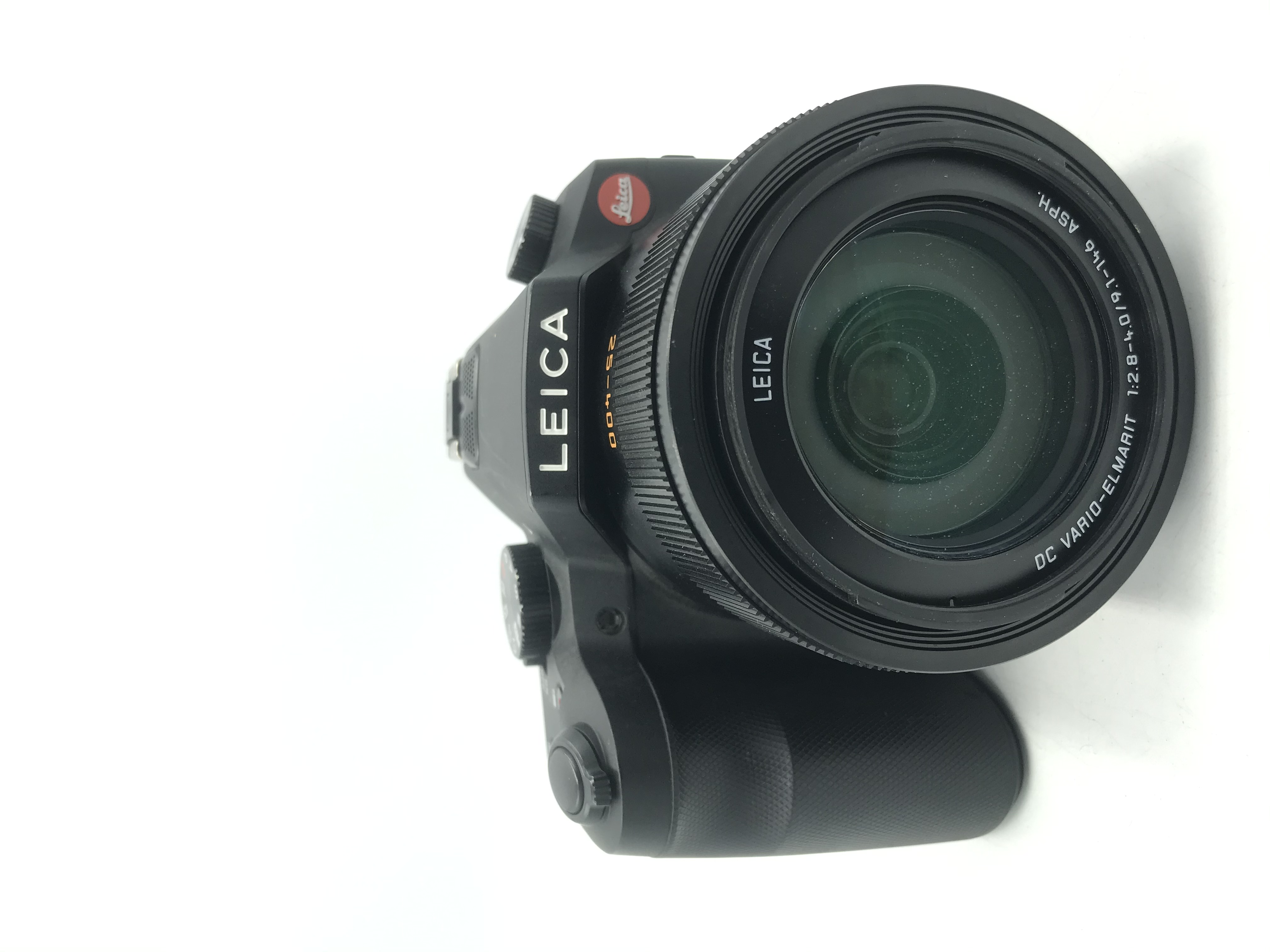 USED Leica V-Lux (Type 114) Digital Point and Shoot Camera