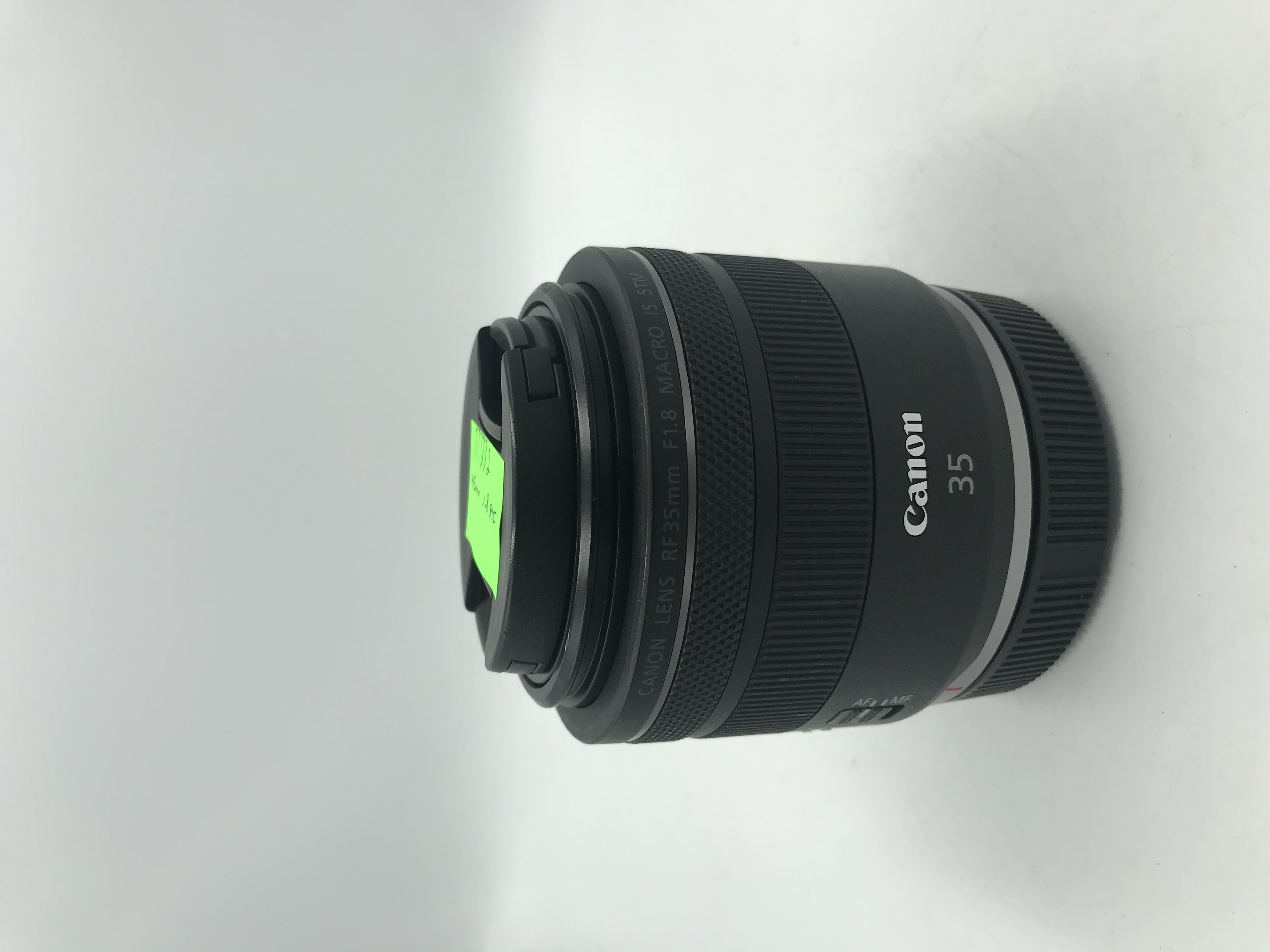 USED Canon RF 35mm F1.8 Macro IS STM