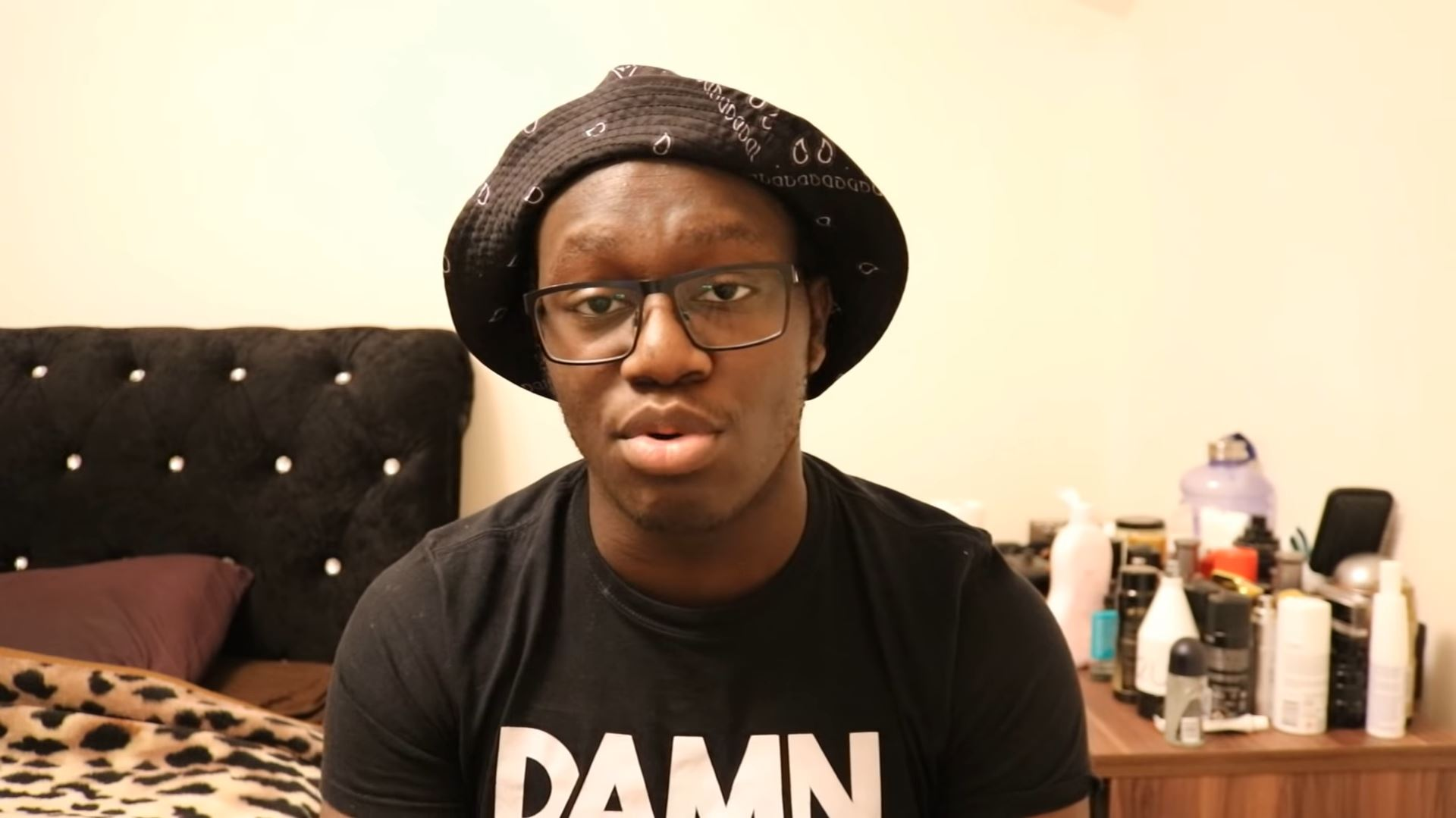 YouTube: Deji