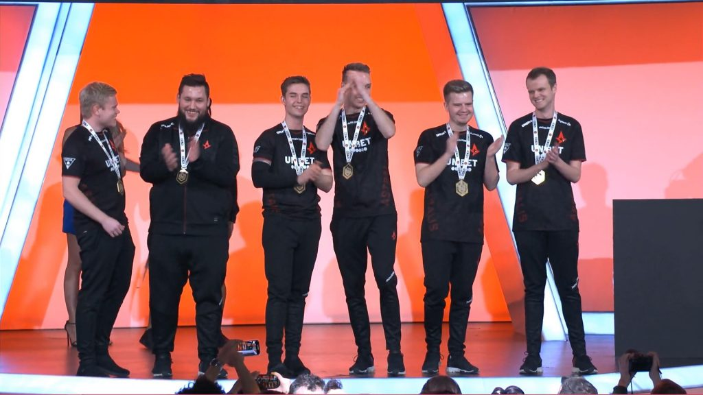 Astralis win ECS Season 8 CSGO.