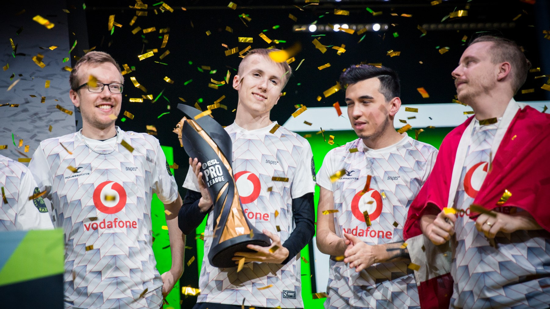 Mousesports winning ESL Pro League: Season 10.