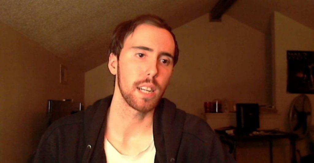 Asmongold streaming on Twitch.