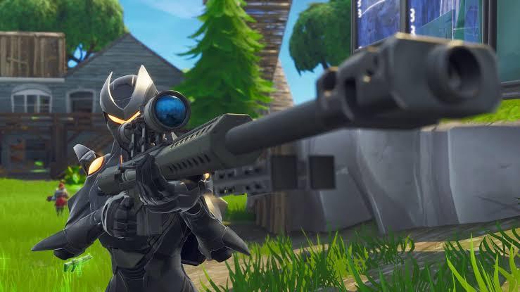 Fortnite Sniper taking aim